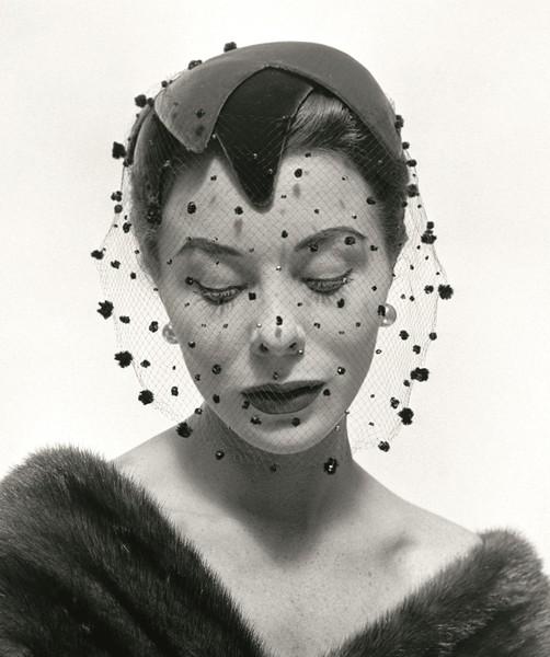 Bettina Graziani, foto di Georges Dambier, 1953