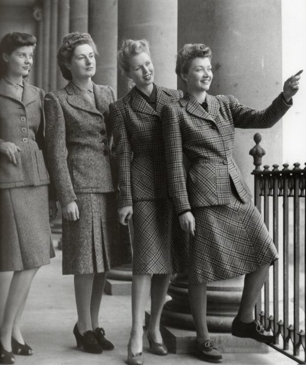 Moda in tempo di guerra, 1942, da Pinterest
