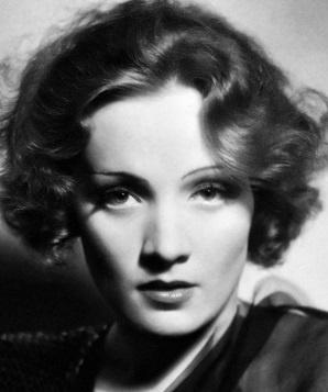 Marlene Dietrich, anni Venti circa